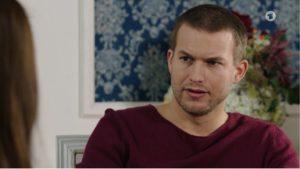 Tim nega la propria identità davanti a Nadja, Tempesta d'amore © ARD Screenshot