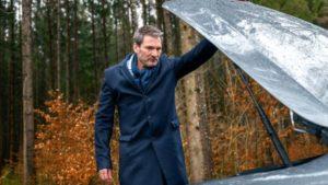 Christoph si ritrova con l'auto in panne, Tempesta d'amore © ARD Christof Arnold