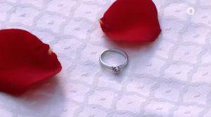 L'anello di fidanzamento di Henry per Jessica cade dal cielo, Tempesta d'amore © ARD Screenshot