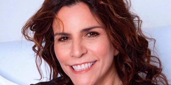 Nadia Carlomagno è Nunzia Curcio / Un posto al sole