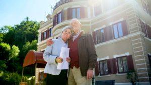 Alfons e Hildegard lasciano il Furstenhof, Tempesta d'amore © ARD Christof Arnold