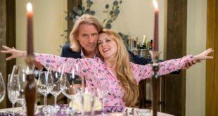 Michael e Rosalie vivono una cena a tema Titanic, Tempesta d'amore © ARD Christof Arnold