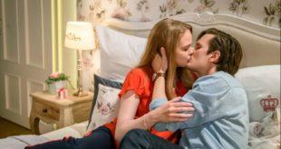 Lucy e Joell si baciano, Tempesta d'amore © ARD Christof Arnold