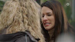 Nadja aggredisce Franzi, Tempesta d'amore © ARD Screenshot