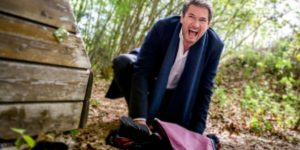 Christoph scopre che Ariane lo ha derubato, Tempesta d'amore © ARD Christof Arnold (1)