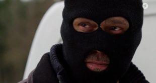 Christoph simula una rapina con l'aiuto di Schulz e Ariane, Tempesta d'amore © ARD Screenshor (1)