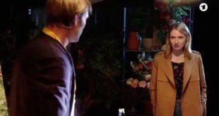 Amelie sorprende Steffen, Tempesta d'amore © ARD (Screenshot)