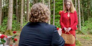 Bela chiede a Lucy di sposarlo,Tempesta d'amore © ARD/Christof Arnold