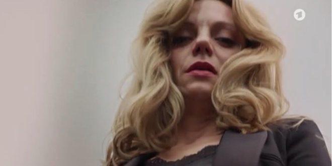 Ariane uccide Karl, Tempesta d'amore © ARD (Screenshot)