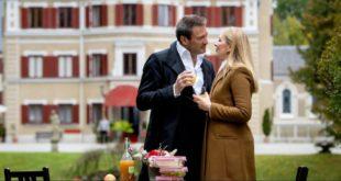 Christoph e Selina condividono un momento romantico, Tempesta d'amore © ARD Christof Arnold