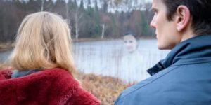 Il fantasma di Romy appare a Lucy e Joell, Tempesta d'amore © ARD Christof Arnold