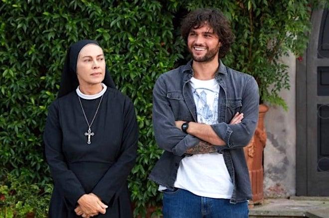 Suor Angela ed Erasmo / Che Dio ci aiuti