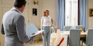 Cornelia confessa a Christoph di aver rovinato il dipinto, Tempesta d'amore © ARD Christof Arnold