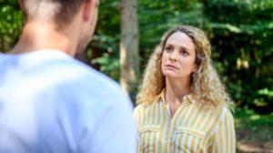 Tim chiede a Franzi di non sposare Steffen, Tempesta d'amore © ARD Christof Arnold