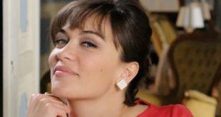 Gloria Radulescu è Marta Guarnieri