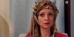Ariane si sottopone alla macchina della verità, Tempesta d'amore © ARD (Screenshot)