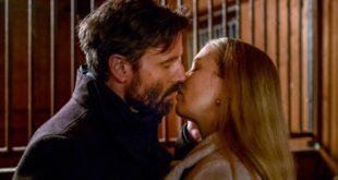 Cornelius e Selina si baciano, Tempesta d'amore © ARD Christof Arnold