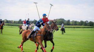 Tim gioca a polo, Tempesta d'amore © ARD Christof Arnold