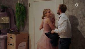 Maja chiede a Florian di restare, Tempesta d'amore © ARD (Screenshot)