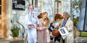 Rosalie usa Michael per promuovere i suoi dolci, Tempesta d'amore © ARD Christof Arnold (1)