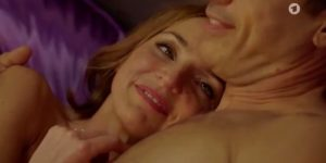 Cornelia e Robert innamorati, Tempesta d'amore © ARD (Screenshot)