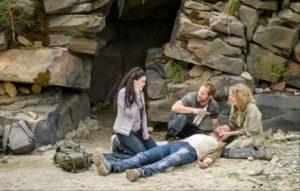 Shirin, Florian e Maja soccorrono Hannes, Tempesta d'amore © ARD Christof Arnold
