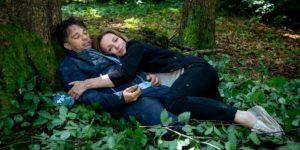 Ariane si avvicina a Robert, Tempesta d'amore © ARD Christof Arnold (1)