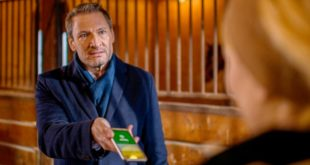 Christoph accusa Selina di averlo tradito, Tempesta d'amore © ARD Christof Arnold (2)