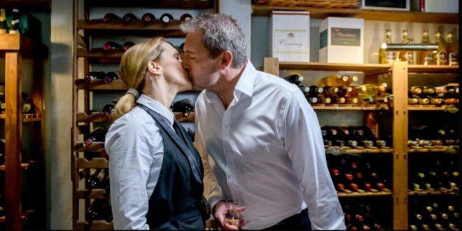 Christoph e Rosalie si baciano, Tempesta d'amore © ARD Christof Arnold