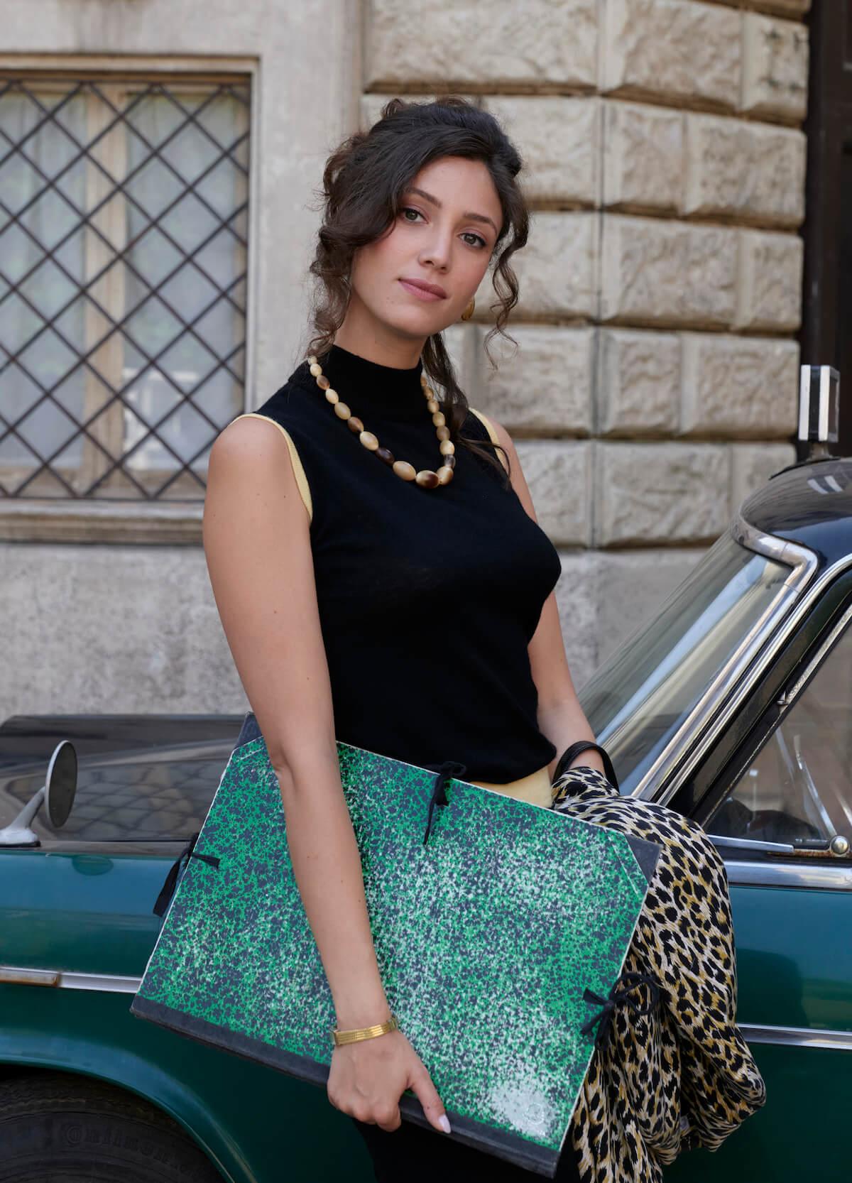 Flora Gentile Ravasi, interpretata da Lucrezia Massari