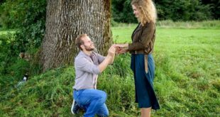 Florian chiede a Maja di sposarlo, Tempesta d'amore © ARD Christof Arnold